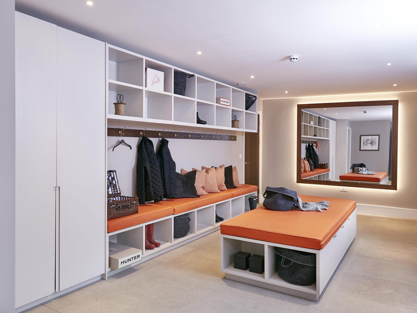 matt lacquered boot room