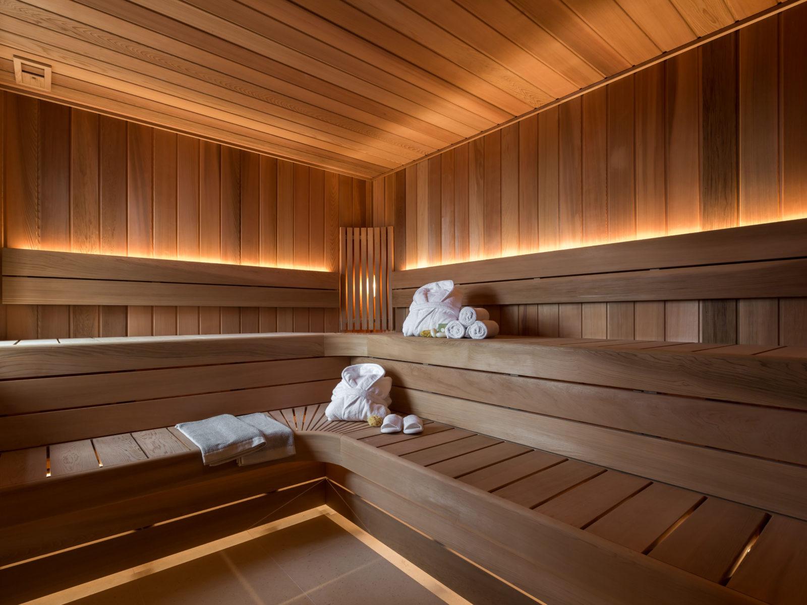 Master spa sauna